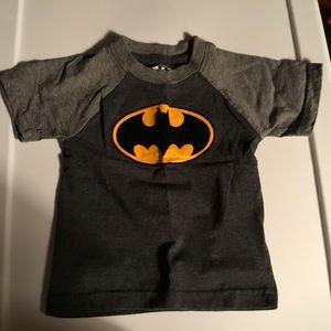 Batman Boys Short Sleeve T-shirt.  Black/Gray 18m